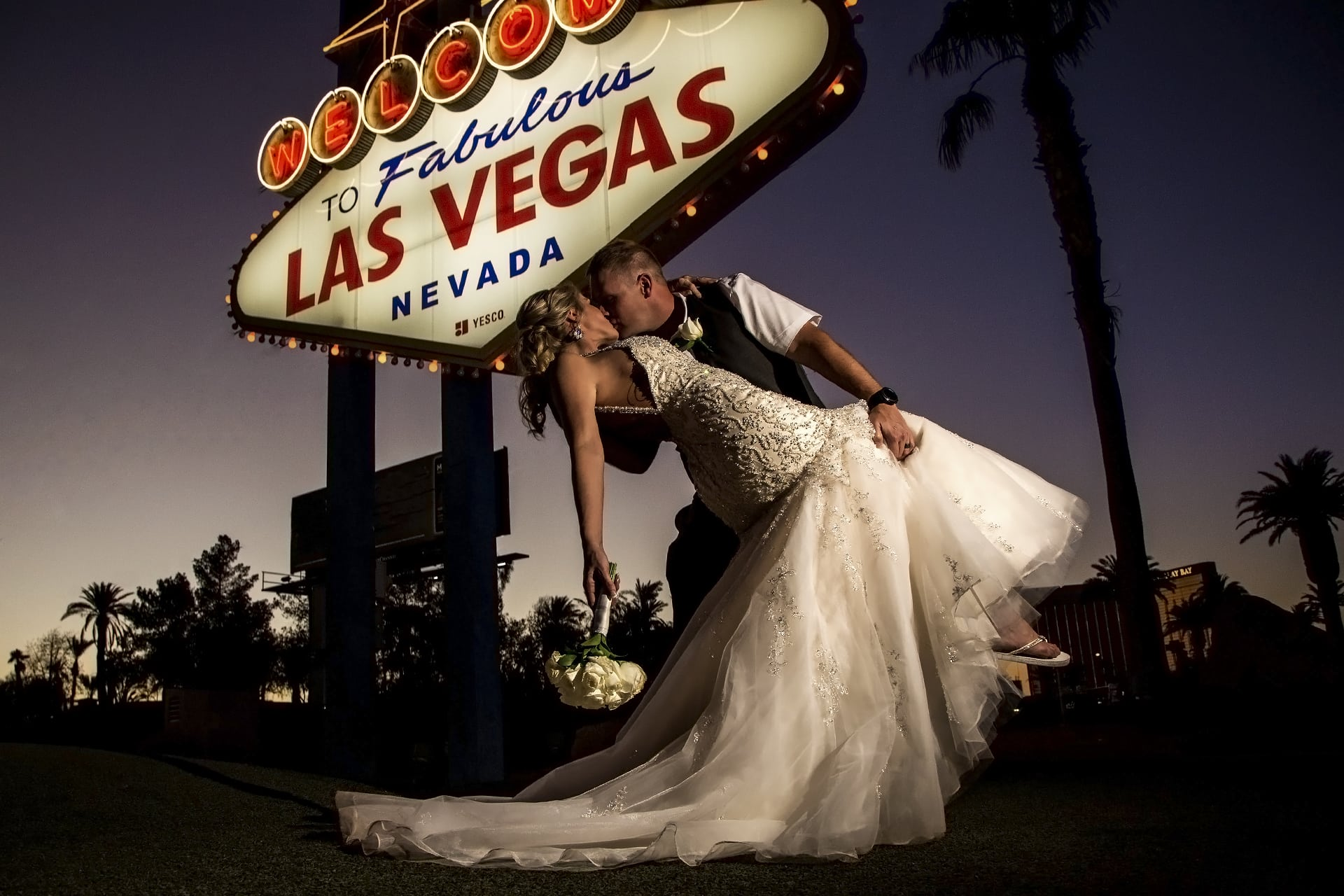 Wedding Photography Packages Las Vegas: Vegas Strip Wedding Packages